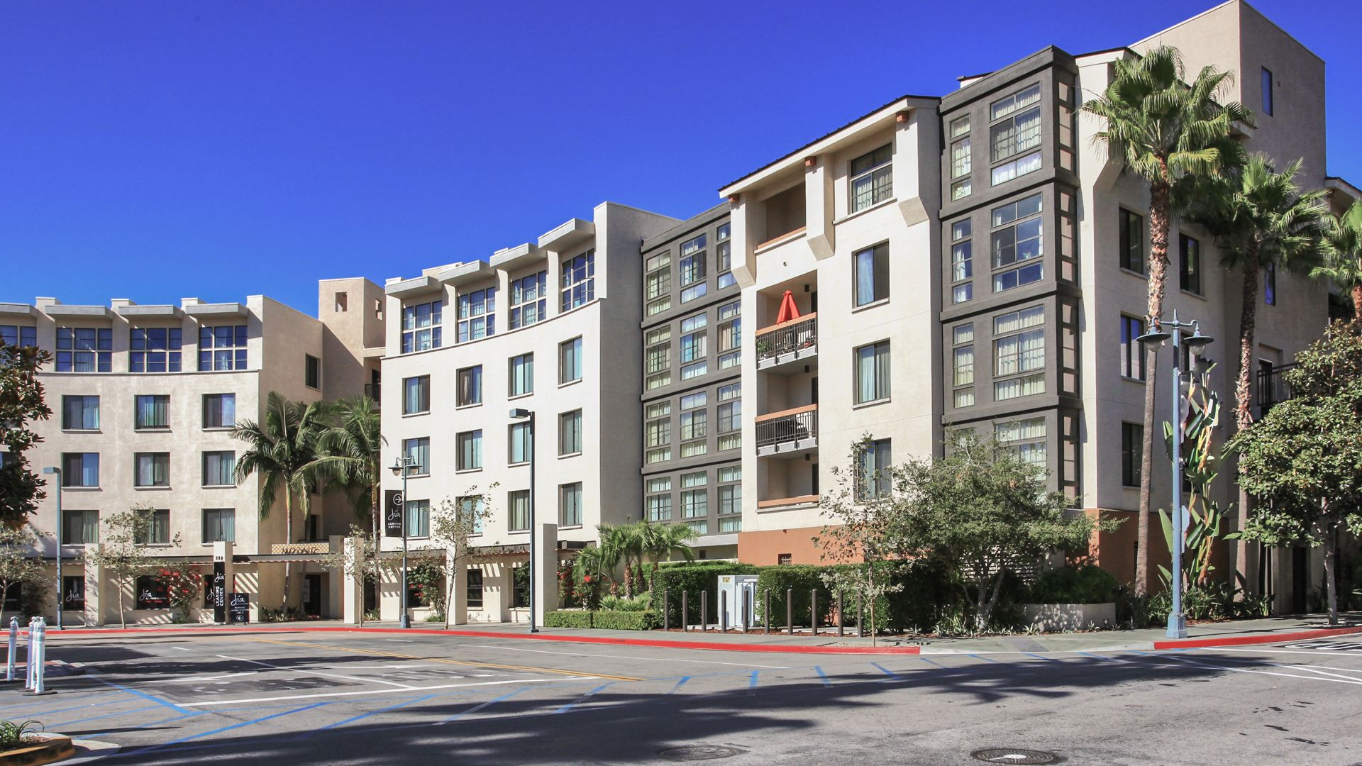 Mozaic at Union Station Apartments - Exterior
