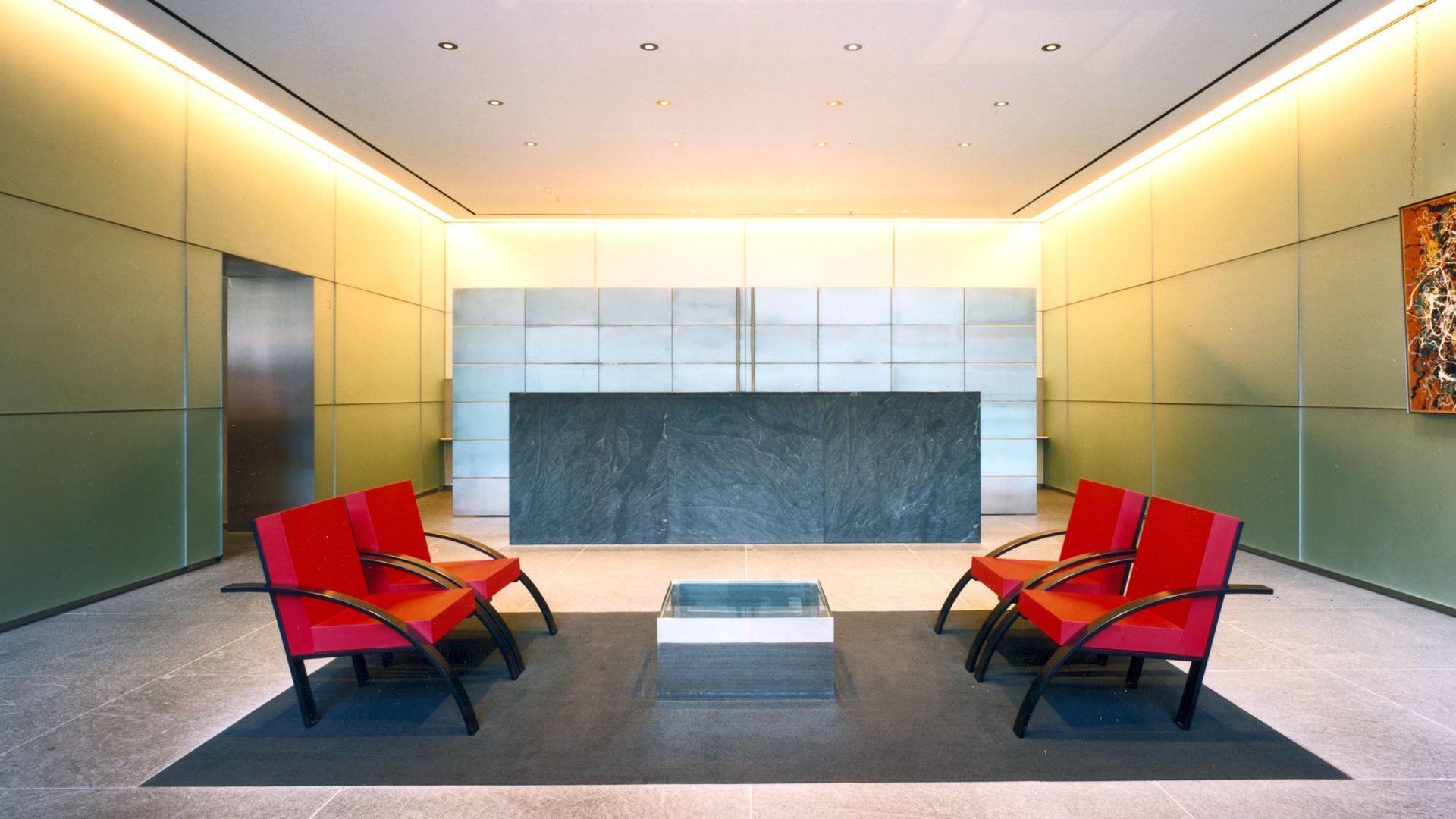 777 Sixth Avenue Apartments - Lobby