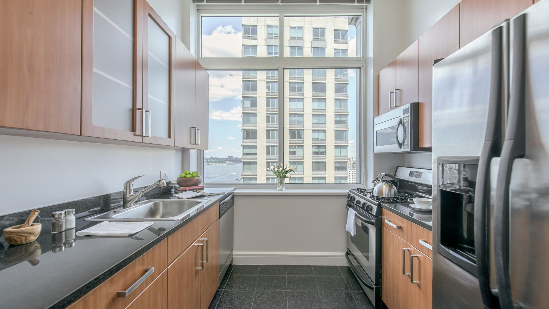 Trump Place - 140 Riverside Blvd Apartments - Kitchen