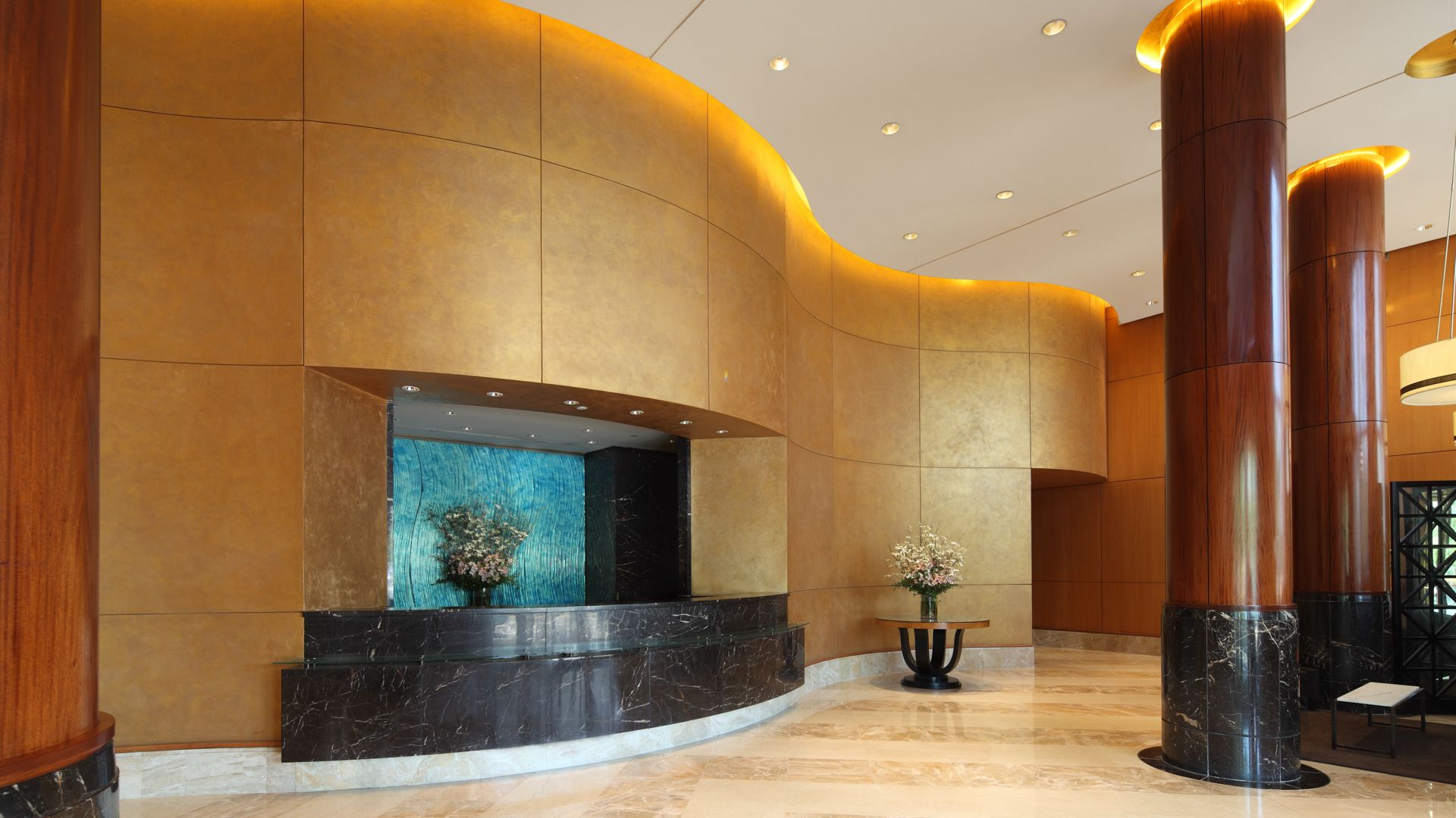 Trump Place 160 Riverside Blvd Apartments - Lobby