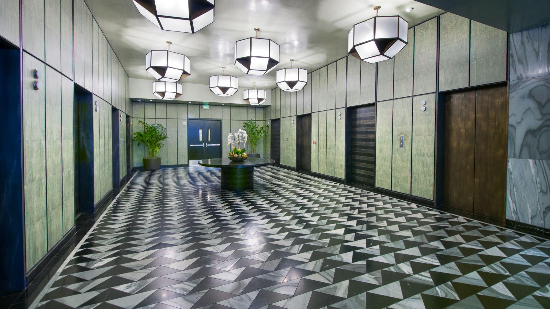 Pegasus Apartments - Lobby