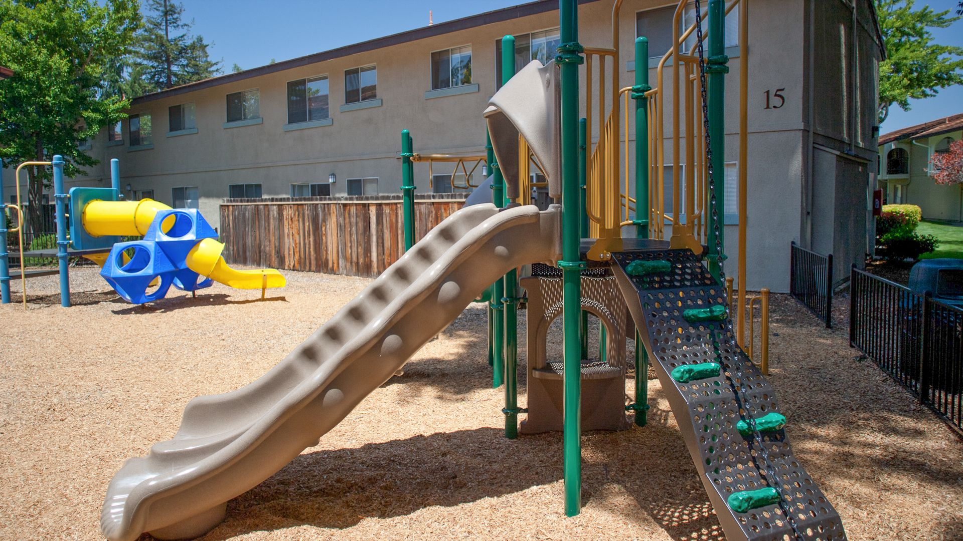 The Arches Apartments - Playground