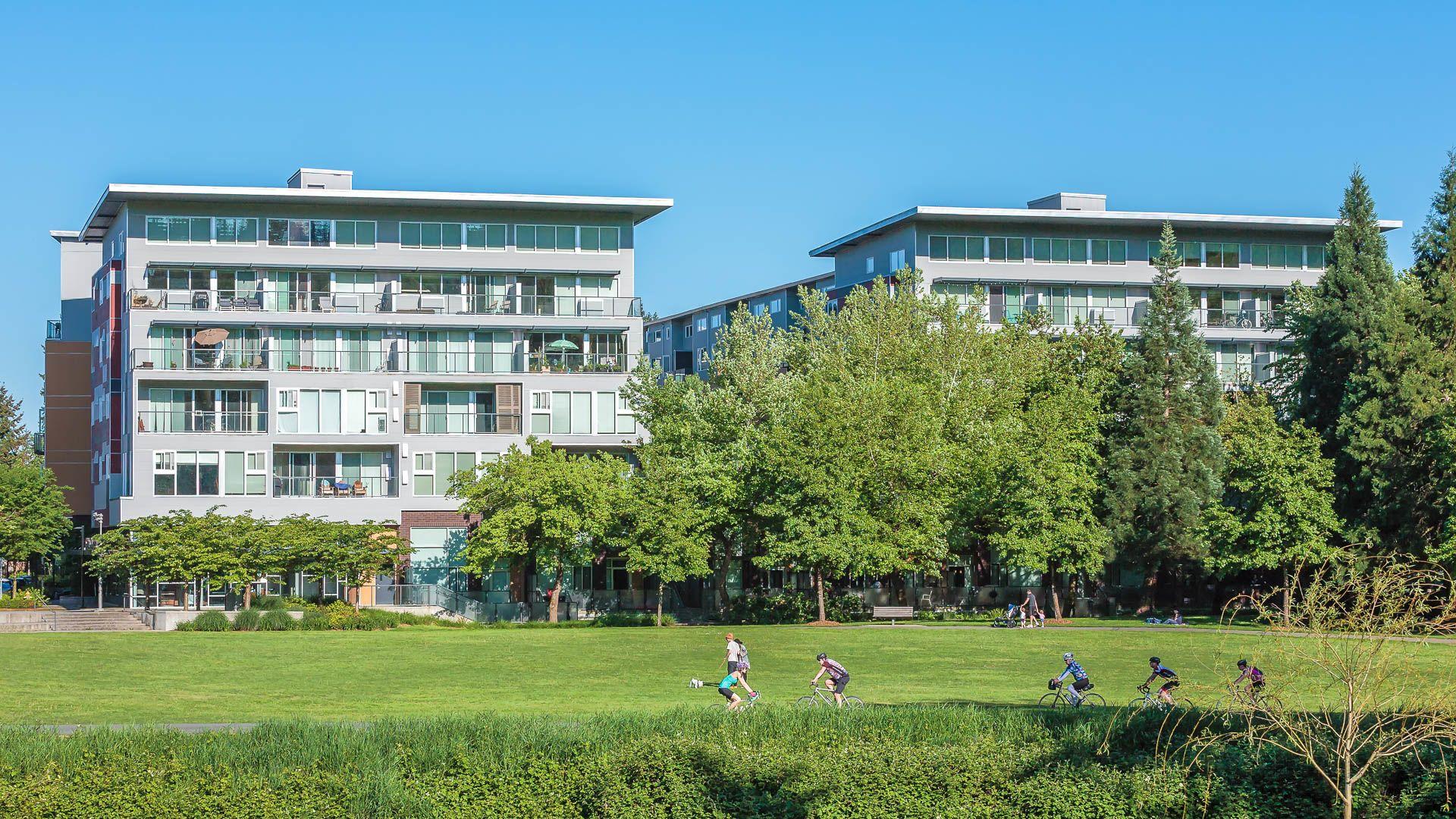 Riverpark Apartments - Exterior