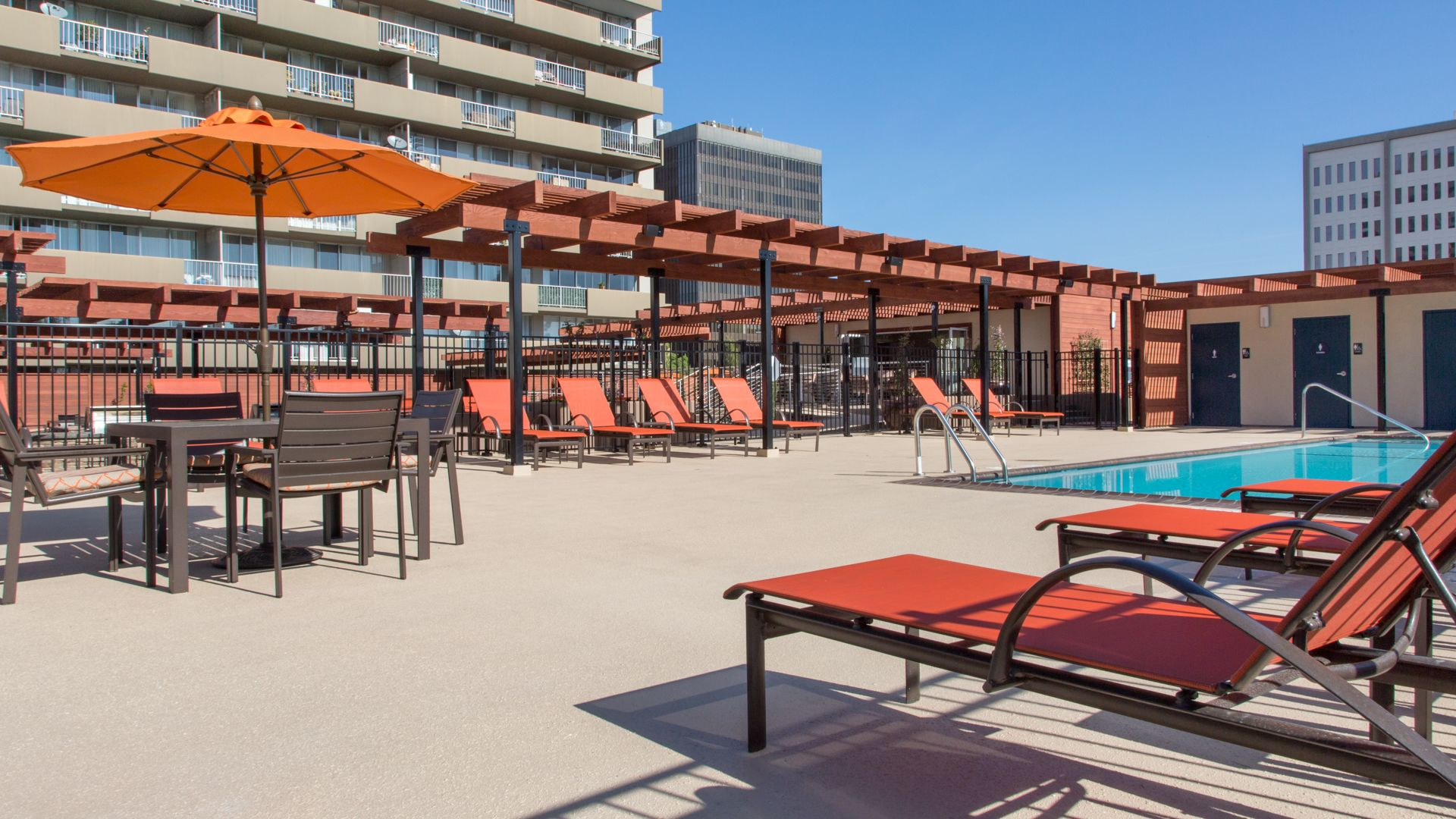 55 West Fifth Apartments - Pool Deck