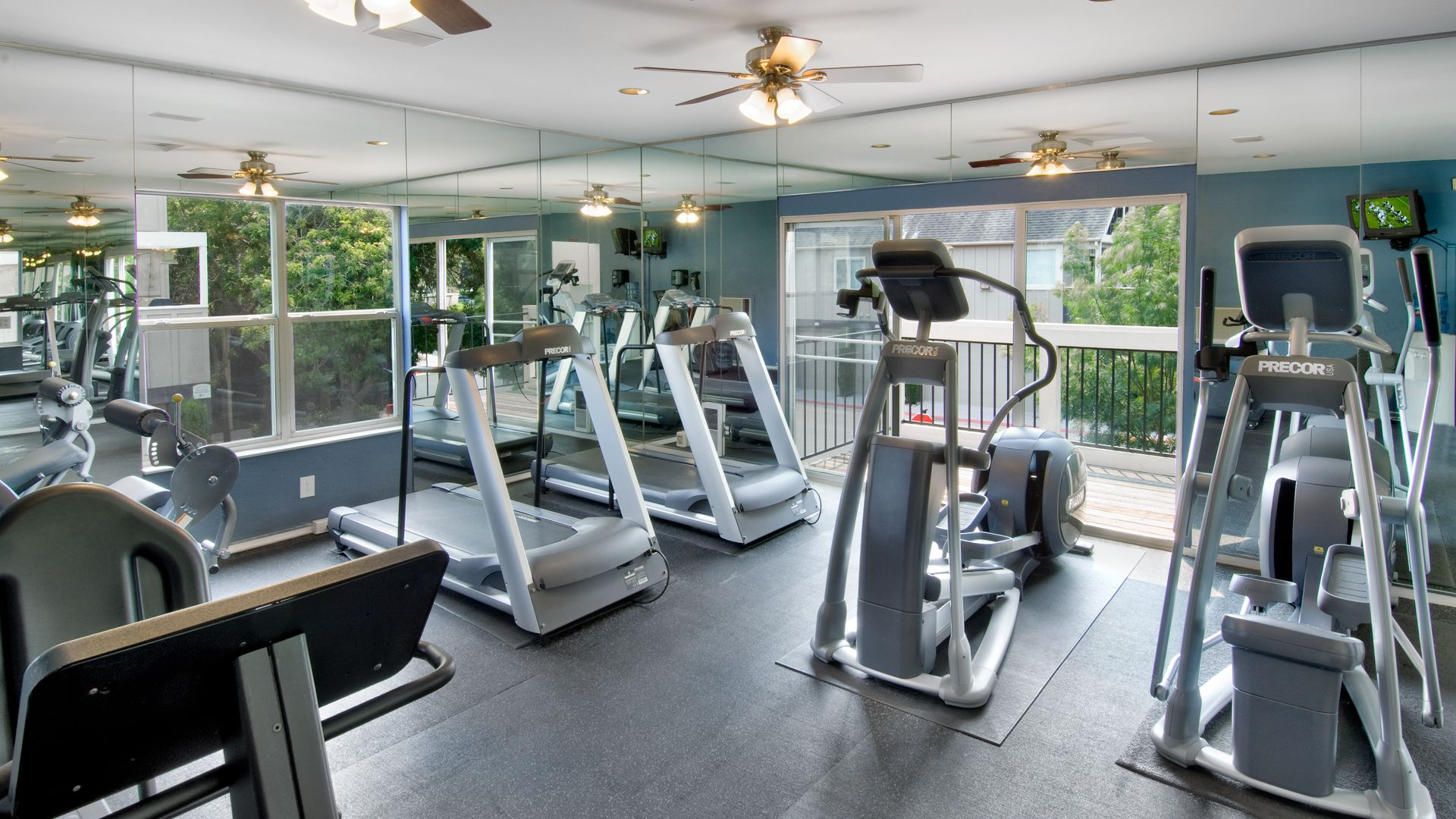 Riva Terra Apartments at Redwood Shores - Fitness Center