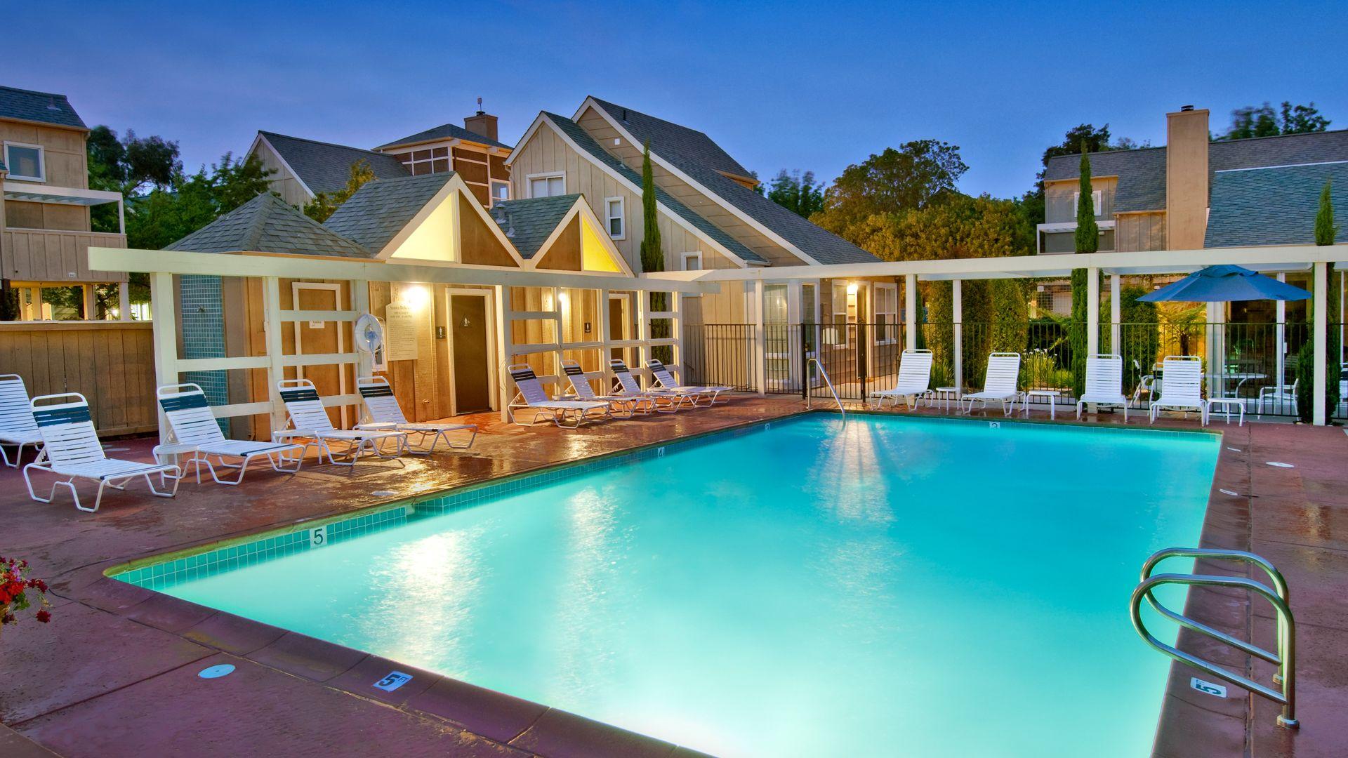 Riva Terra Apartments at Redwood Shores - Pool