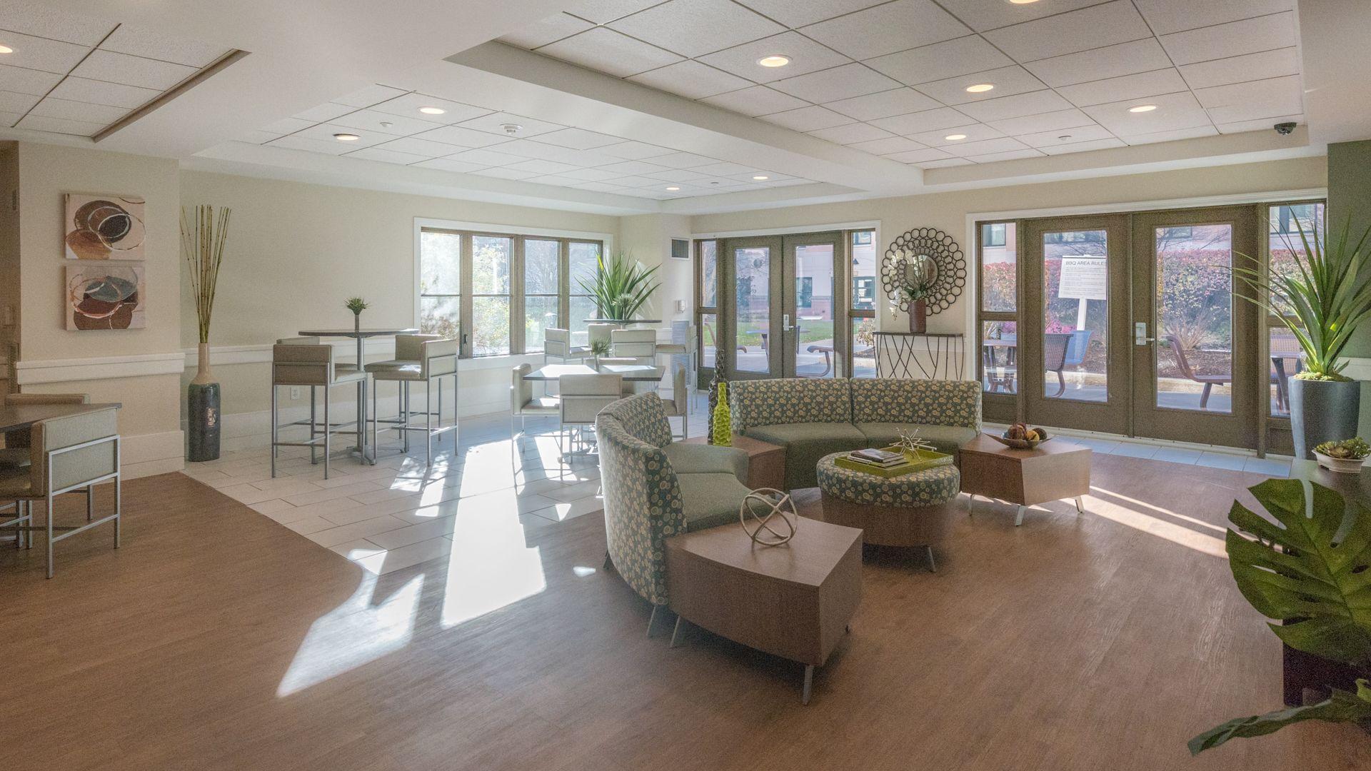 Cambridge Park Apartments - Lounge