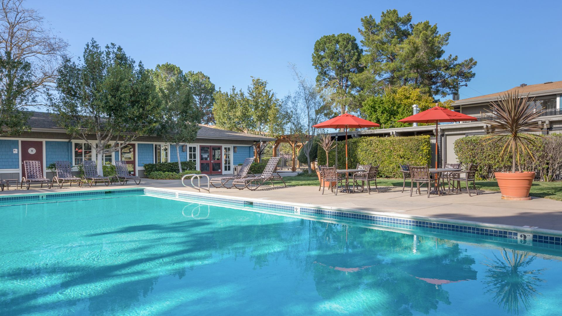 Reserve at Mountain View Apartments - Pool