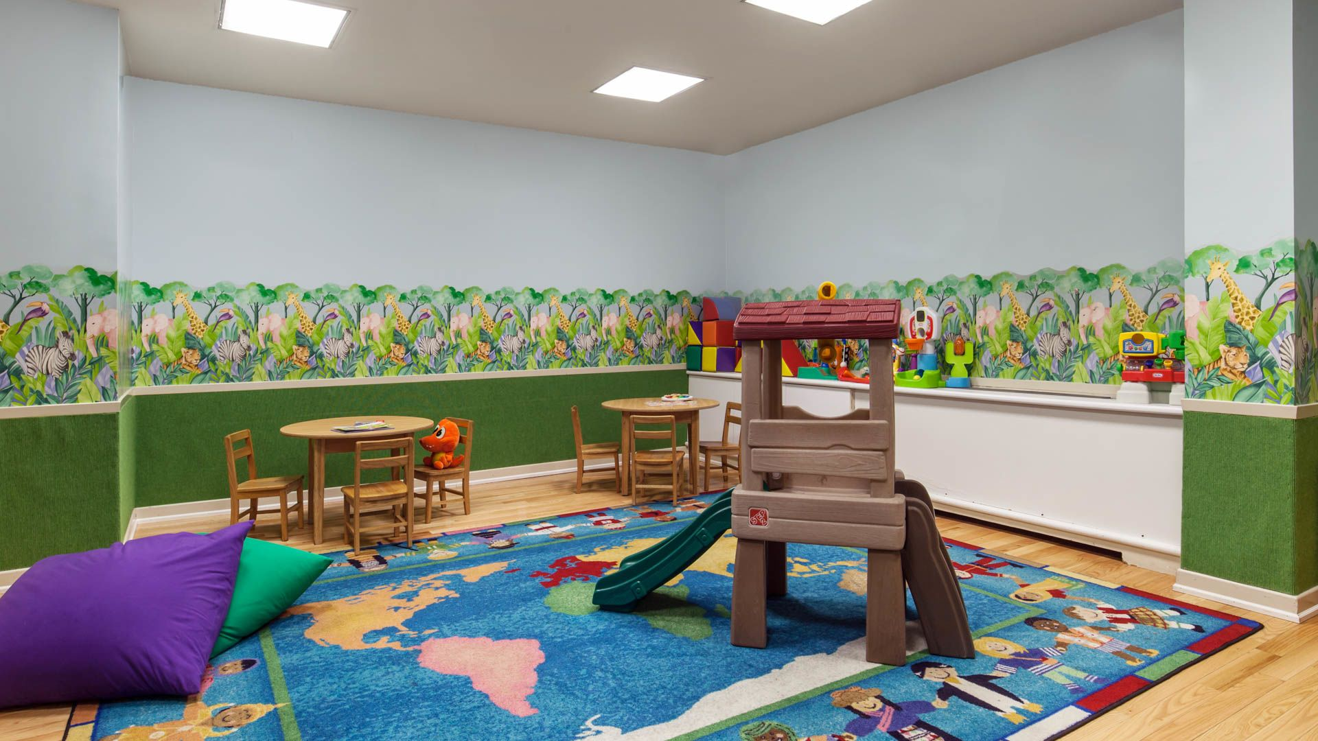 Murray Hill Tower Apartments - Kids Play Area
