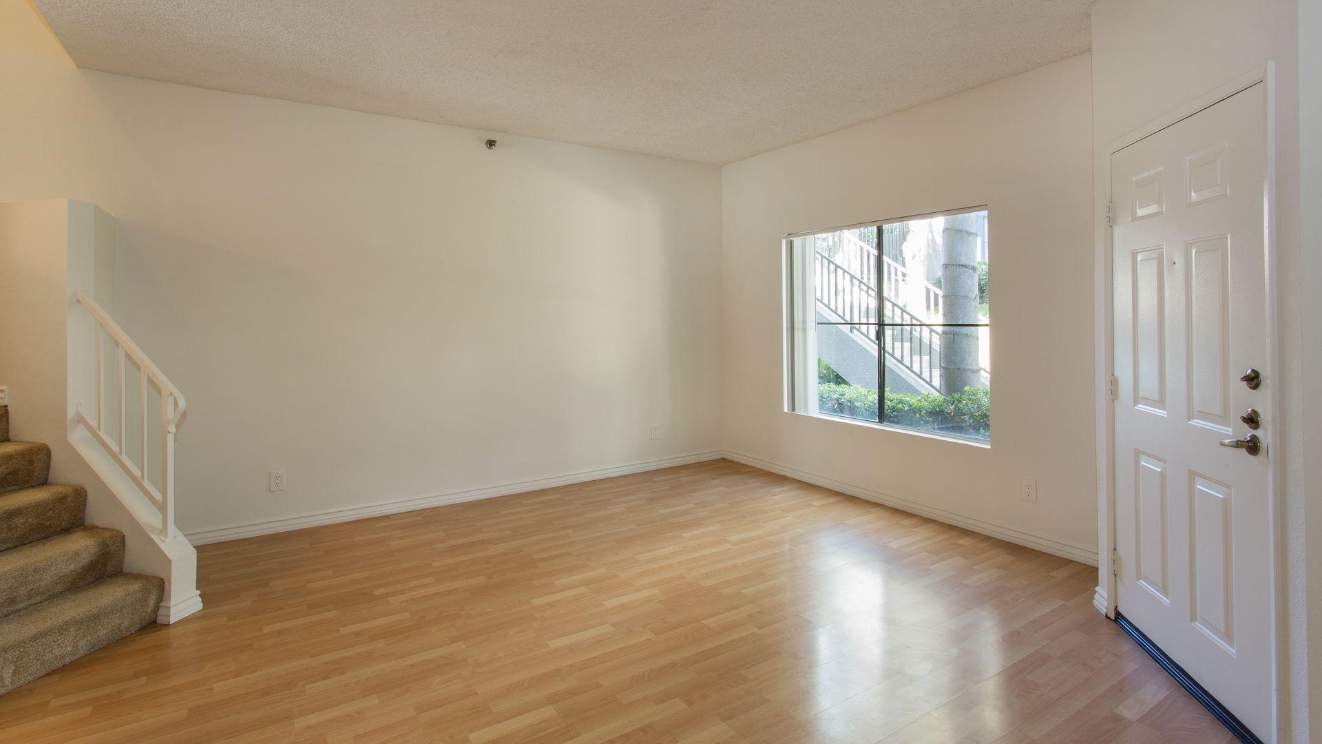 Prado Apartments - Living Room