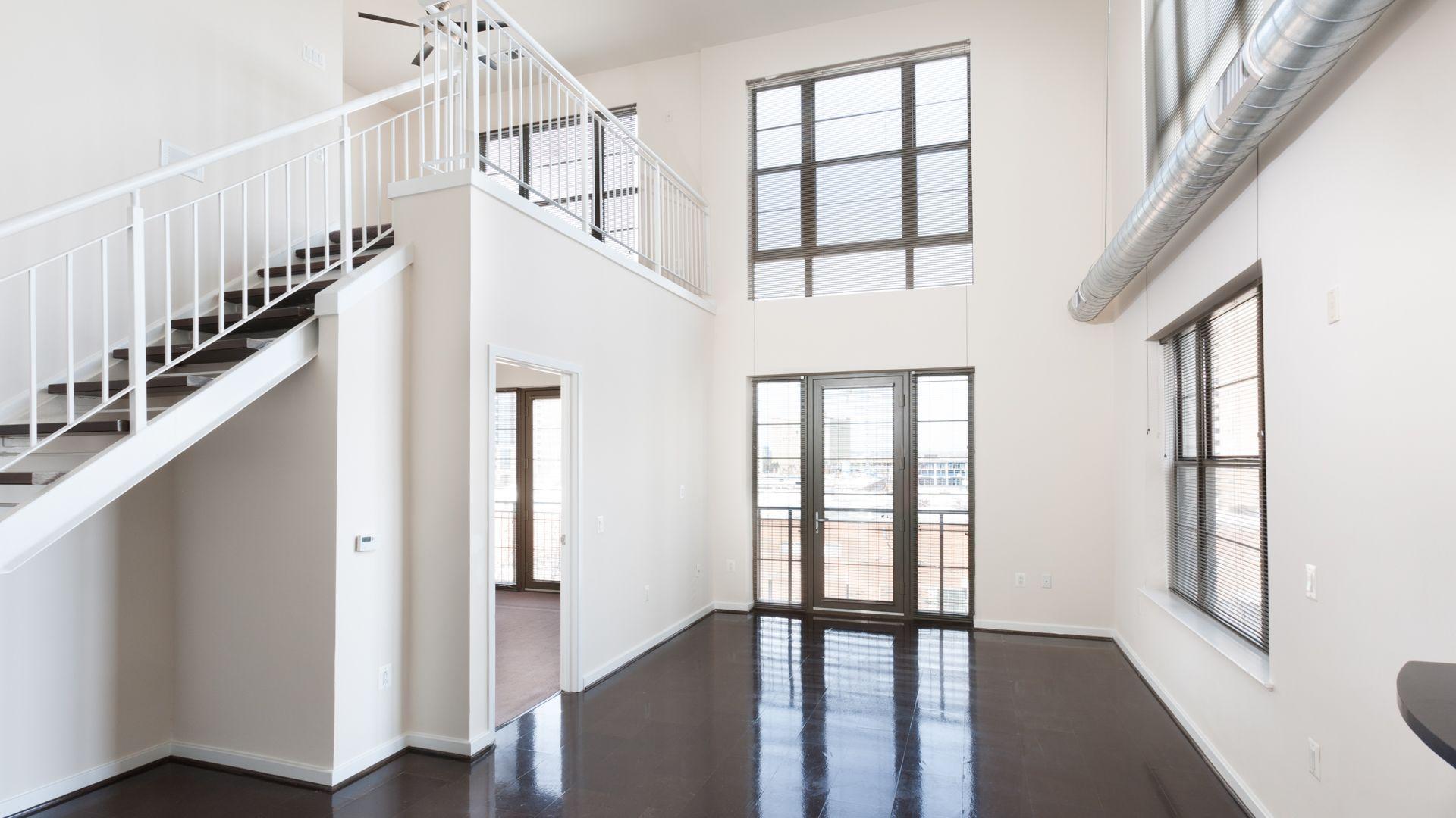 2501 Porter Apartments - Living Room