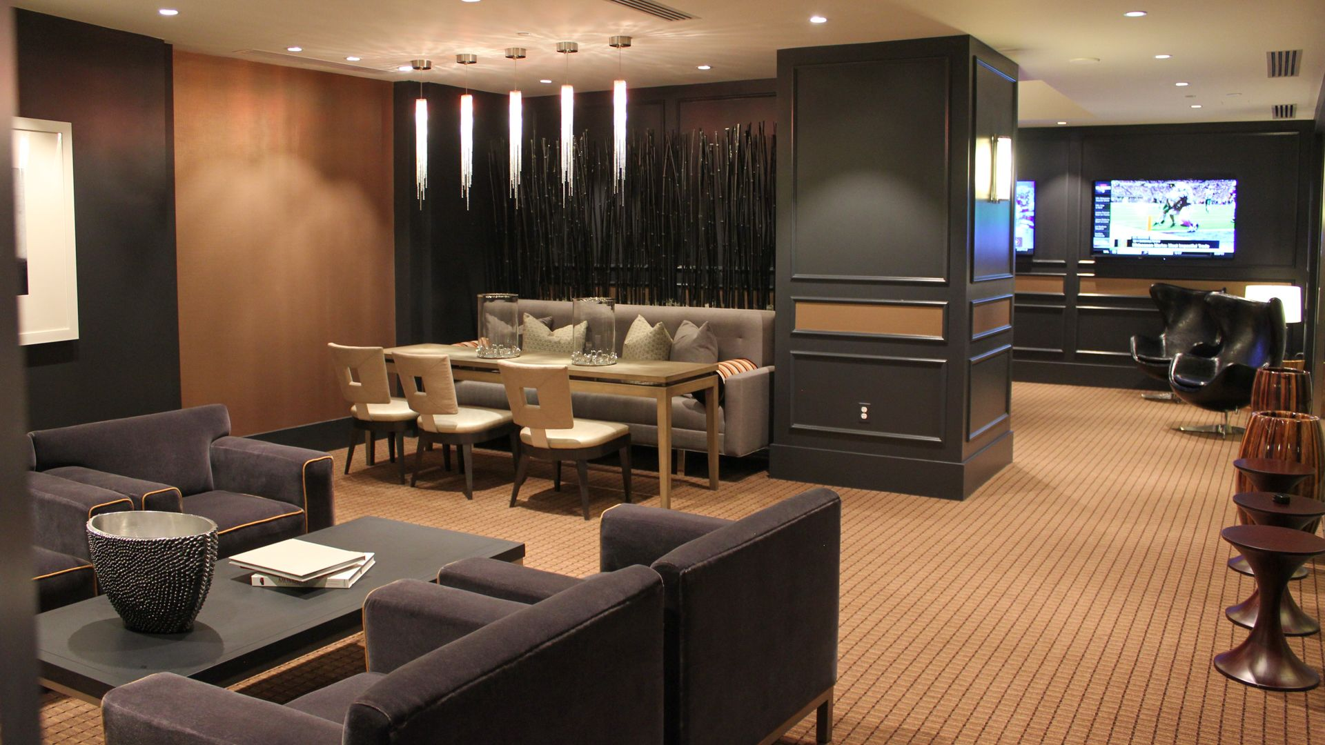 Crystal Place Apartments - Resident Lounge