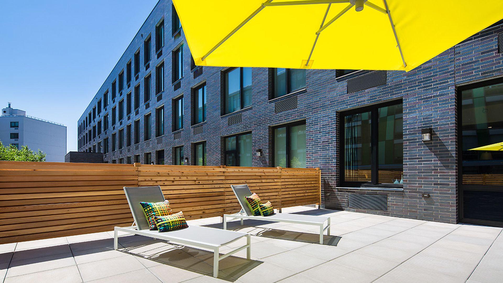 Atelier Apartments - Rooftop Deck