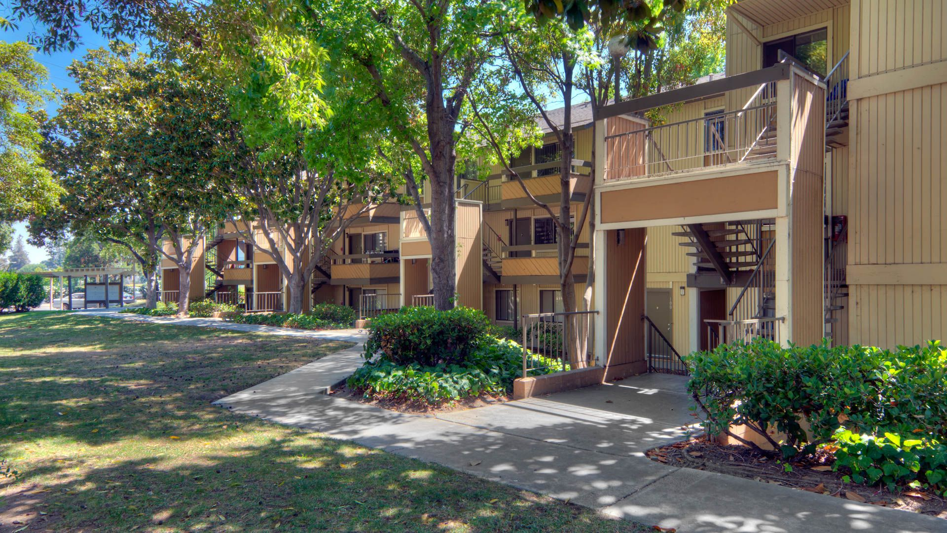 Arbor Terrace Apartments - Exterior