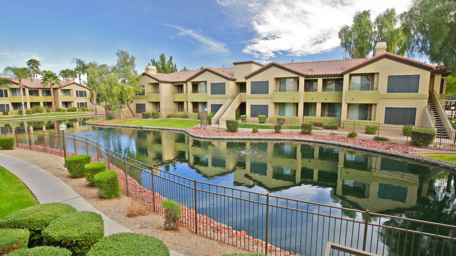 Isle at Arrowhead Ranch Apartments - Pond