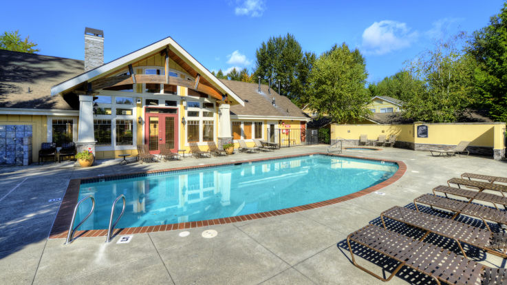 Providence Apartments - Swimming Pool