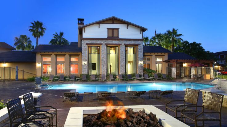 The Reserve at Empire Lakes Apartments - Swimming Pool