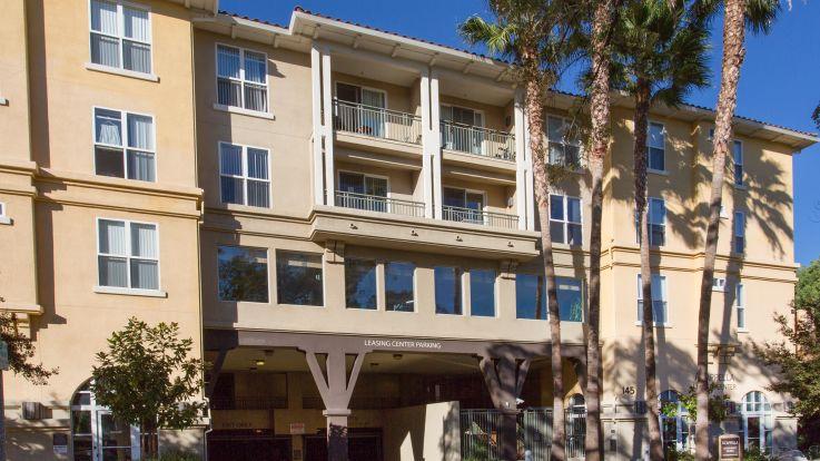 Acappella Pasadena - Building