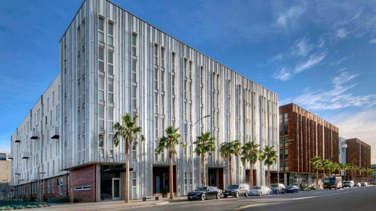 855 Brannan Apartments - Building Exterior