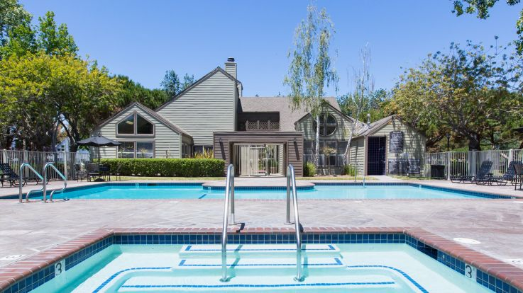Schooner Bay Apartment Homes - Pool and Hot Tub