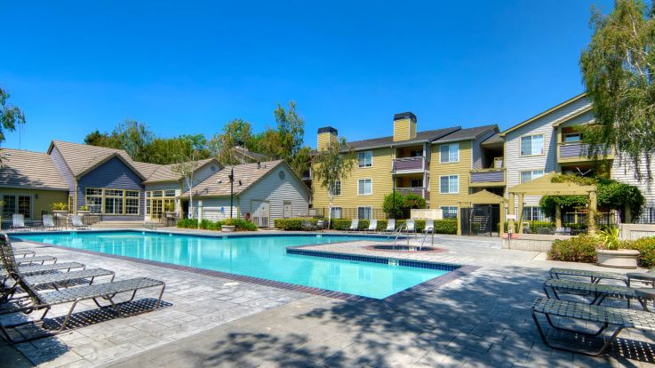 Mill Creek Apartments - Swimming Pool