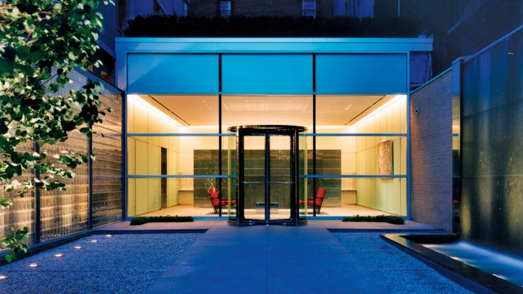 777 Sixth Avenue Apartments - Entrance