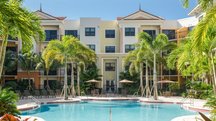 Nexus Sawgrass Apartments - Swimming Pool