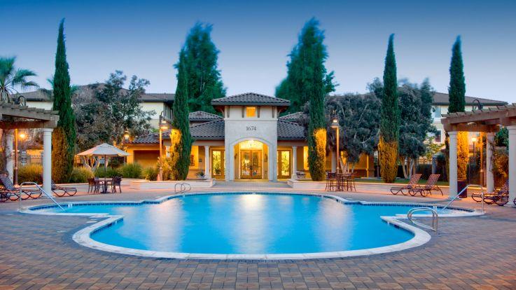 Estancia at Santa Clara Apartments - Pool