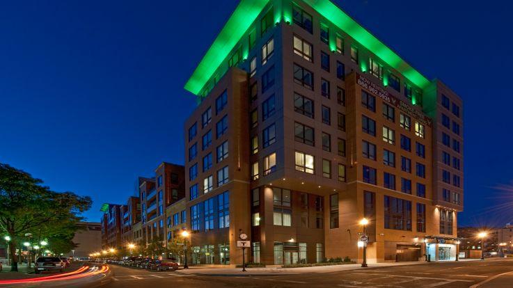 Avenir Apartments - Exterior