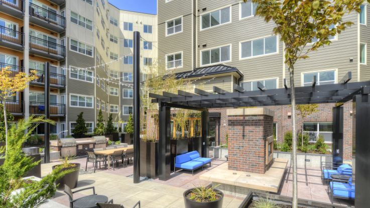 Urbana Apartments - Outdoor