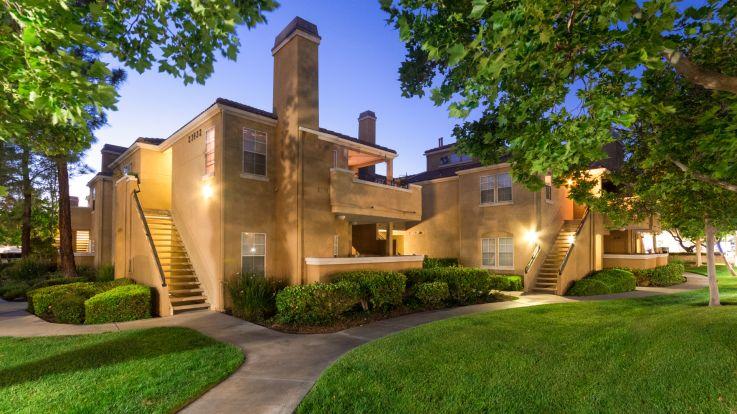 Northglen Apartments - Exterior