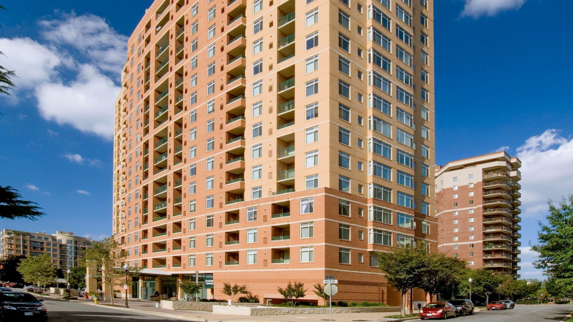 Virginia Square Apartments - Building