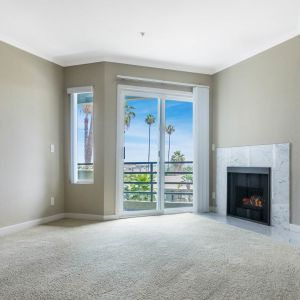 Vantage Hollywood Apartments - Hollywood - EquityApartments.com ...
