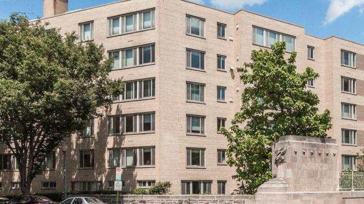Calvert Woodley Apartments - Exterior