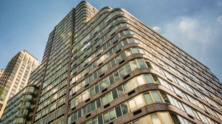Trump Place 140 Riverside Blvd Apartments - Exterior