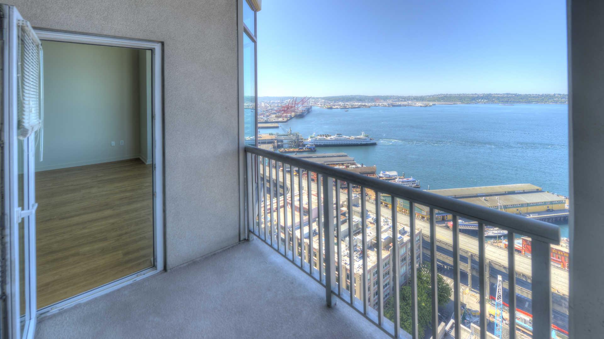 Harbor Steps Apartments Rent