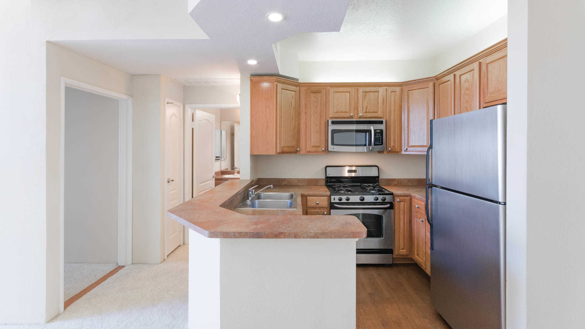 Academy Village Apartments   North Hollywood   5225 Blakeslee Ave. |  EquityApartments.com