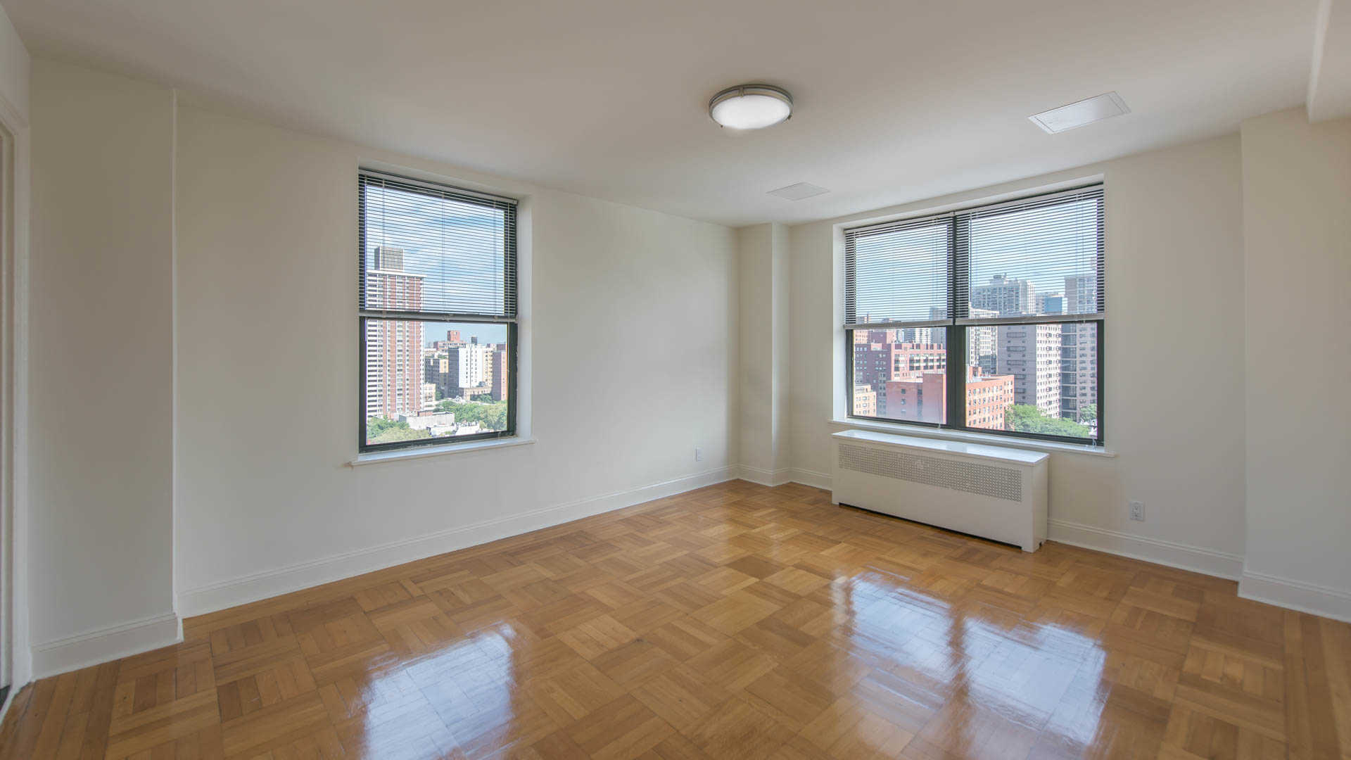 New york studio at west 86th street 2380 apartable for Living room 86th street