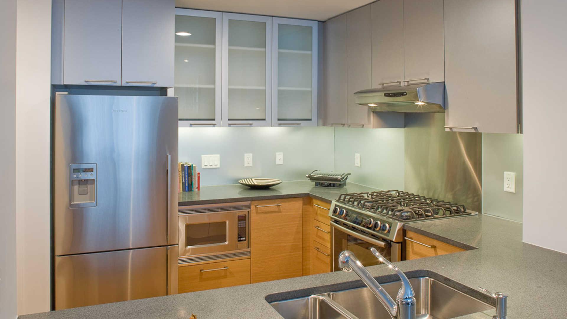 Third square apartments kitchen