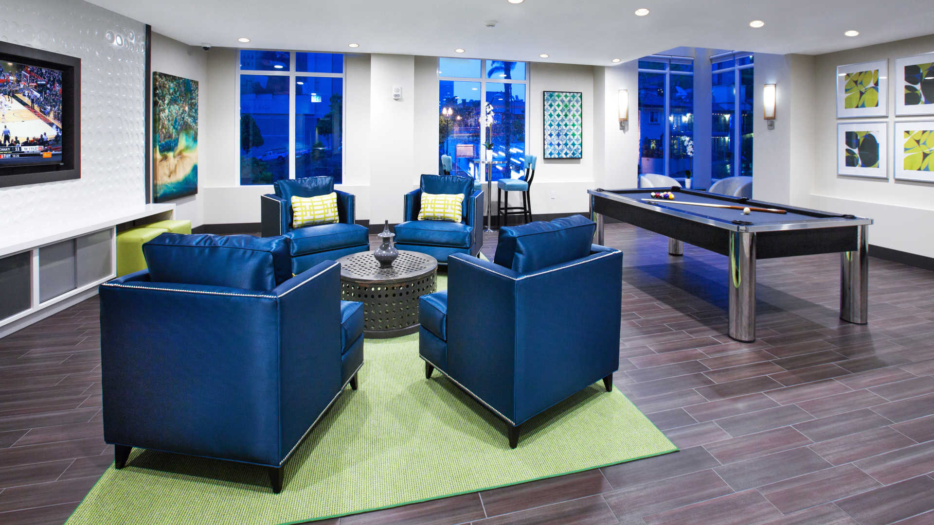 Vantage Pointe Apartments reviews in Downtown San Diego 1281 9th
