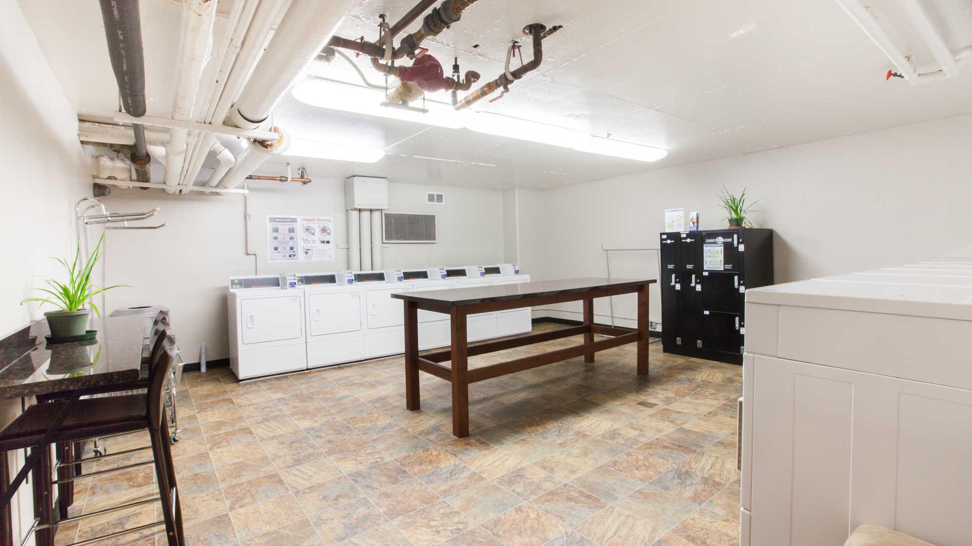 Apartment Laundry Room Design   mimiku