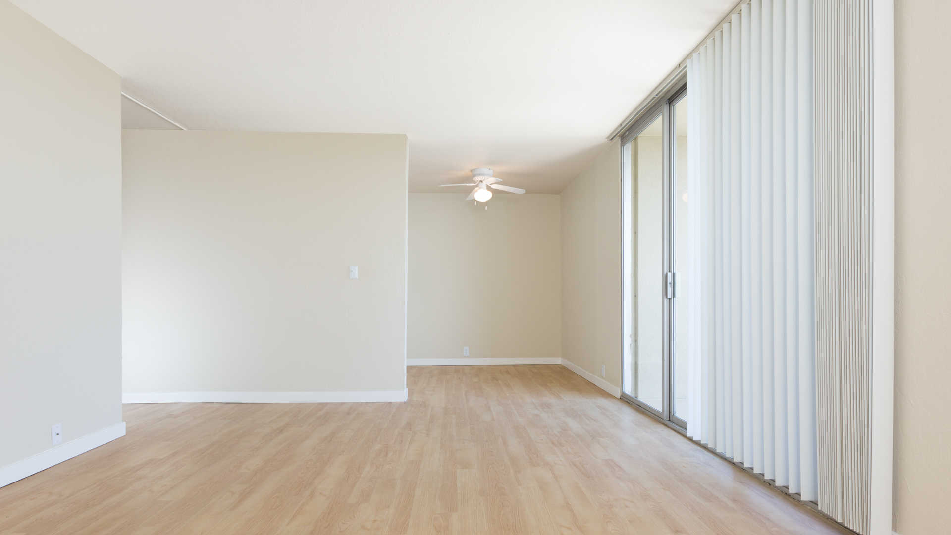 Avenue Two Apartments Redwood City Second Avenue Live Chat Room