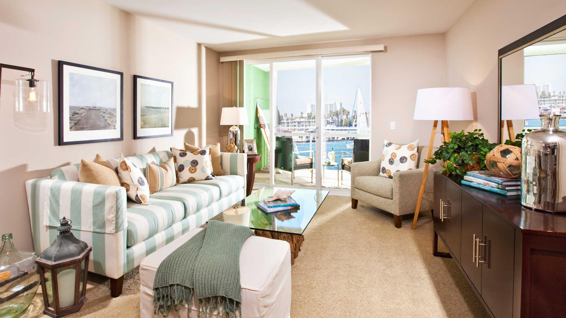 Breakwater At Marina Del Rey Apartments Reviews In Marina Del Rey   13900  Fiji Way | EquityApartments.com
