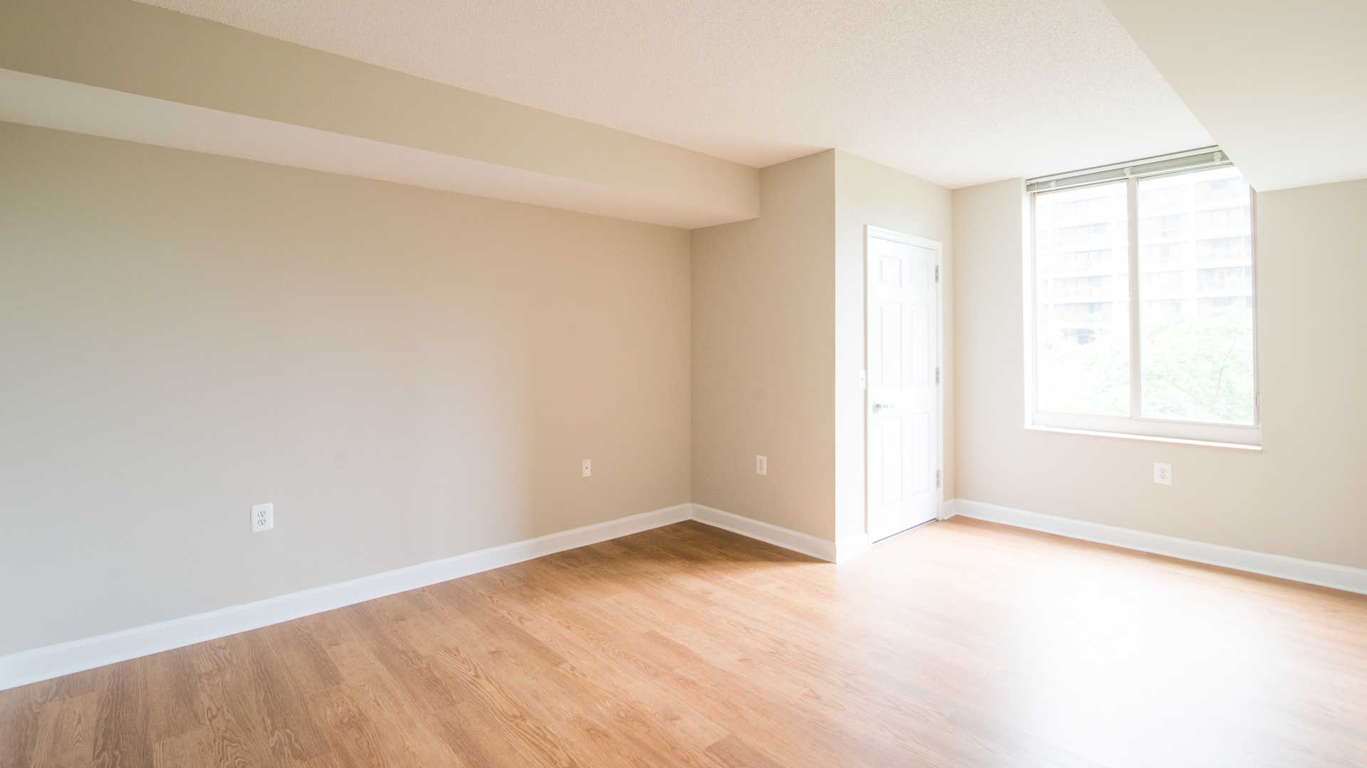 Bedroom with Hard Surface Flooring and 9-Foot Ceilings