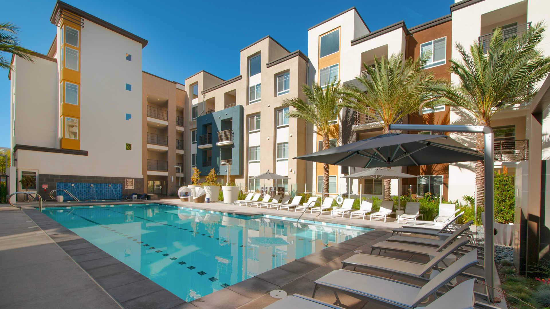 The Kelvin Apartments reviews in Irvine 2850 Kelvin Avenue