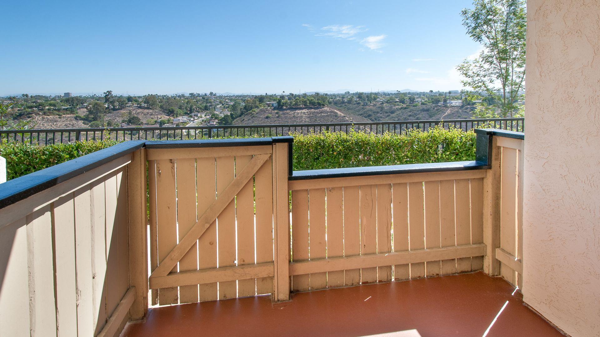Canyon Ridge Apartments - Views