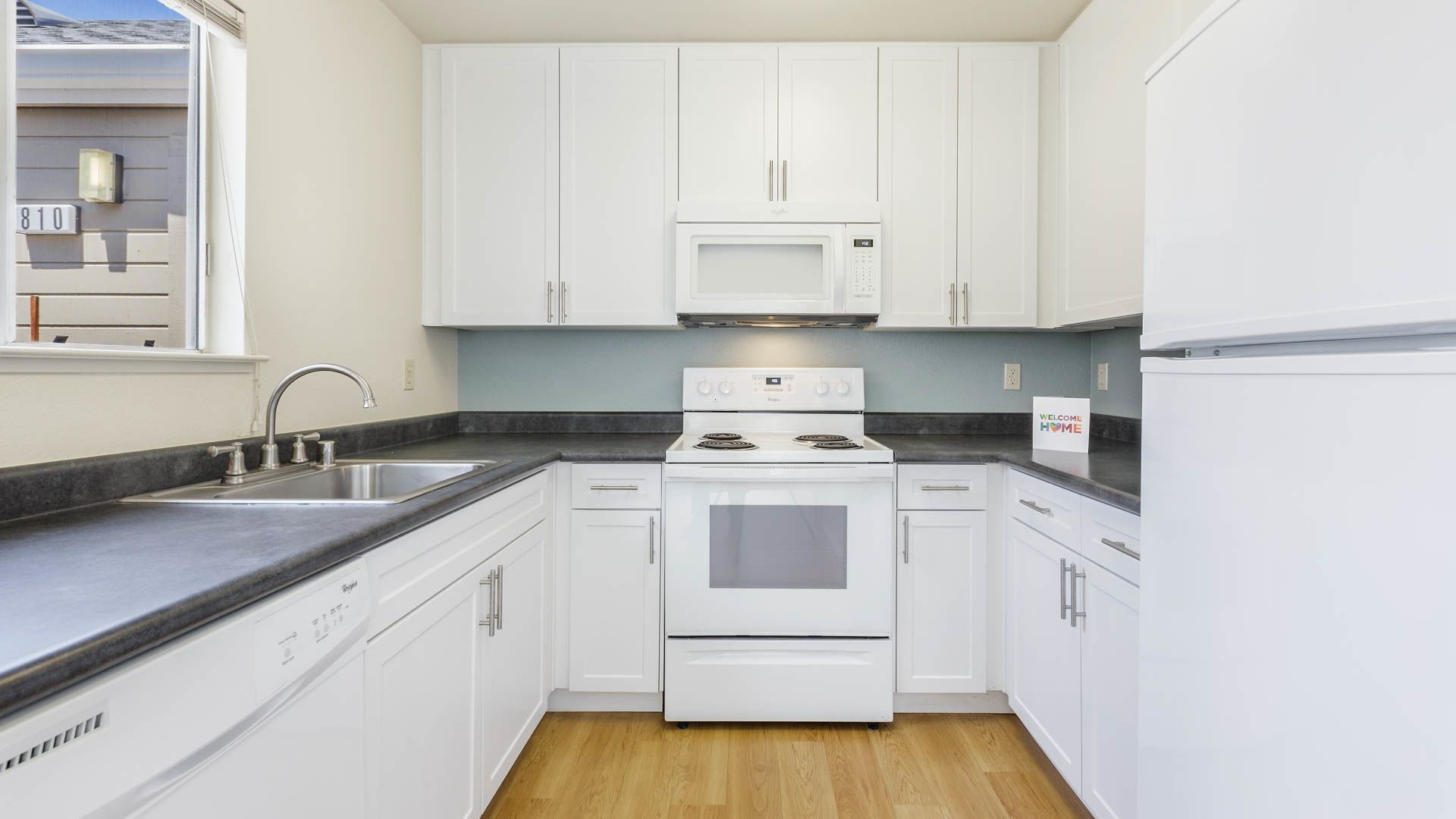 Wood Creek Apartments - Kitchen
