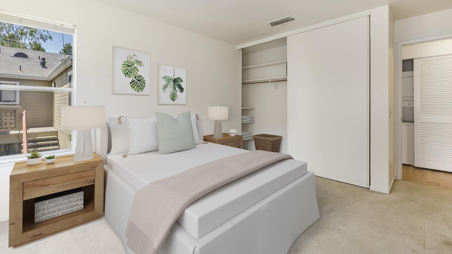 Wood Creek Apartments - Bedroom