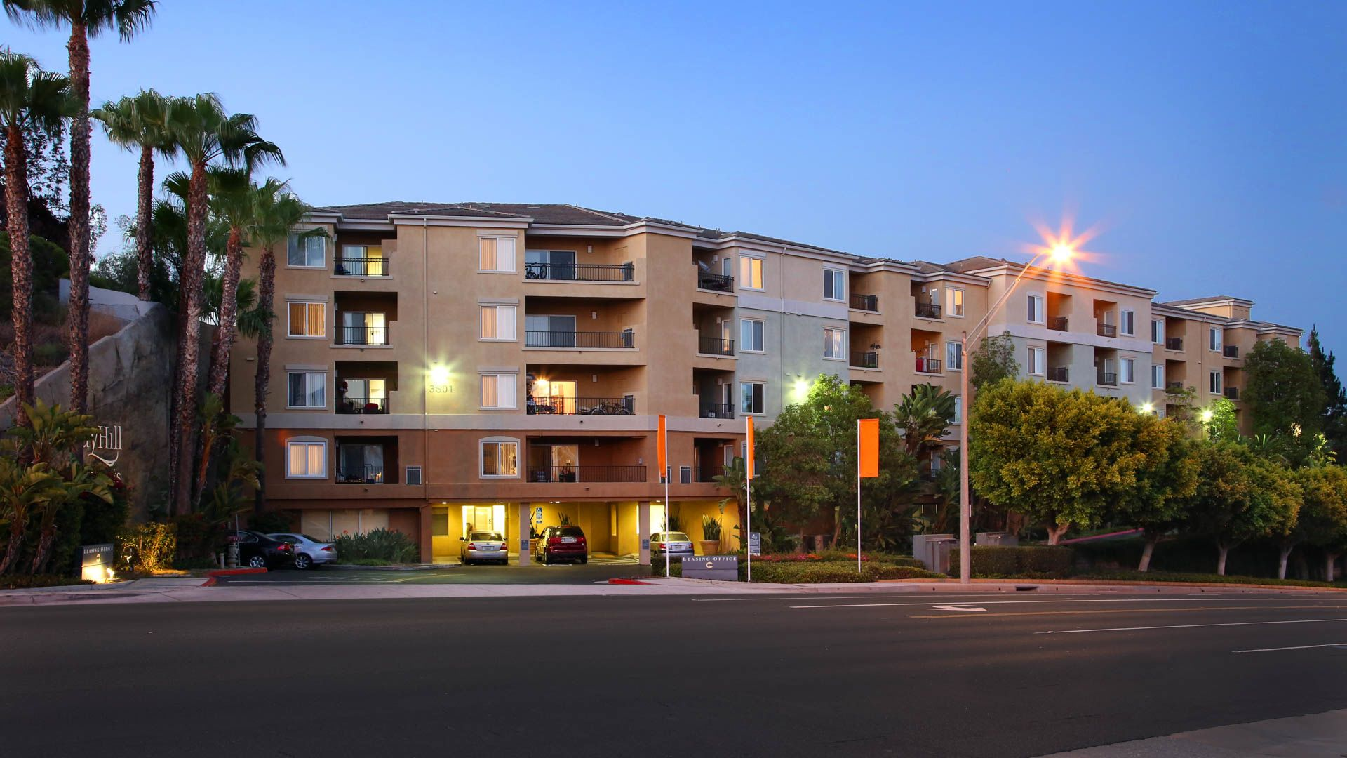 Bay Hill Apartments - Exterior
