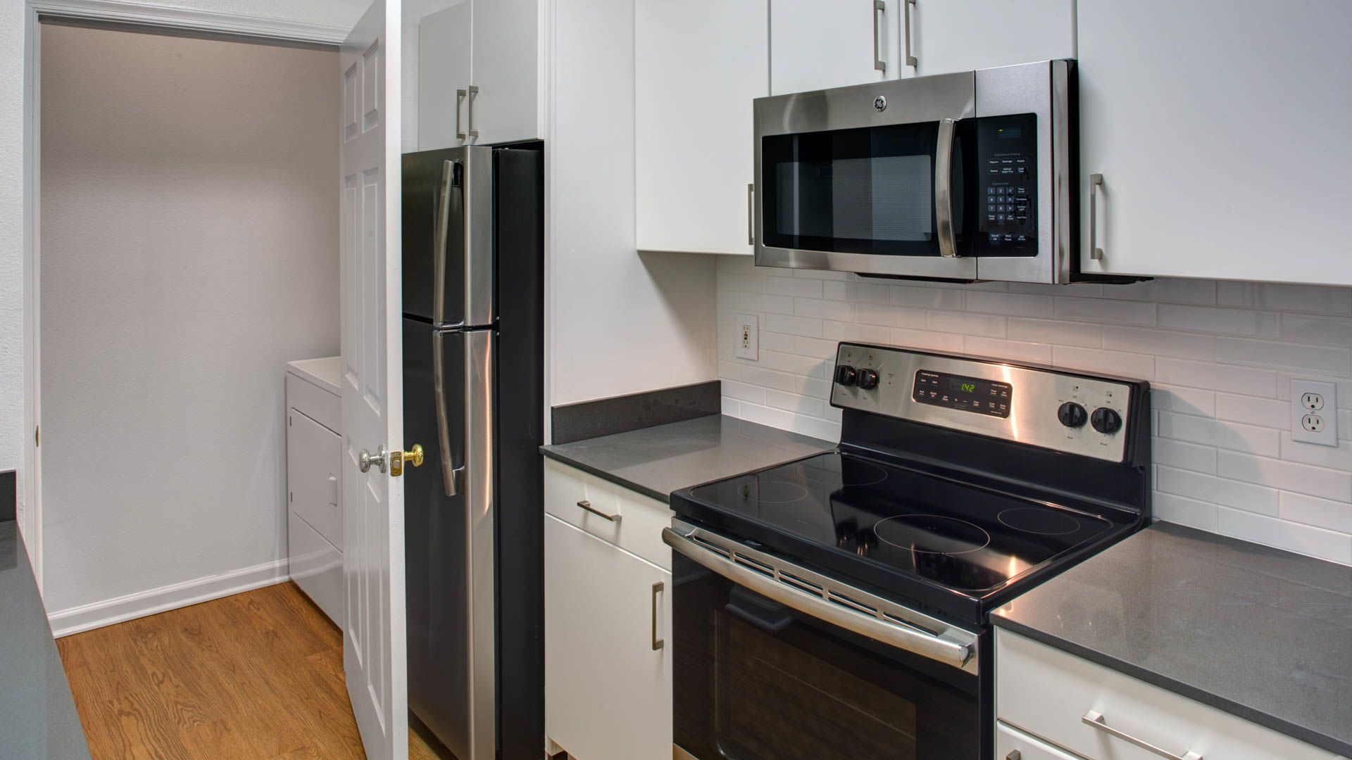 Superior Reserve At Potomac Yard Apartments In Alexandria   3700 Jefferson Davis Hwy  | EquityApartments.com